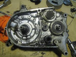 JT1 エンジン分解 ダイナモ側完了