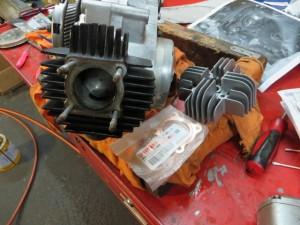 JT1/JT60 エンジン シリンダーヘッド