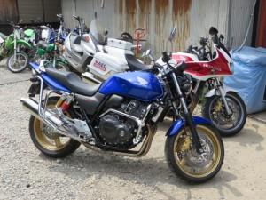 CB1300とCB400